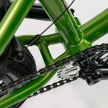 wethepeople-Curse-20-2018-BMX-Rad-Metallic-Green-20170917153605-5